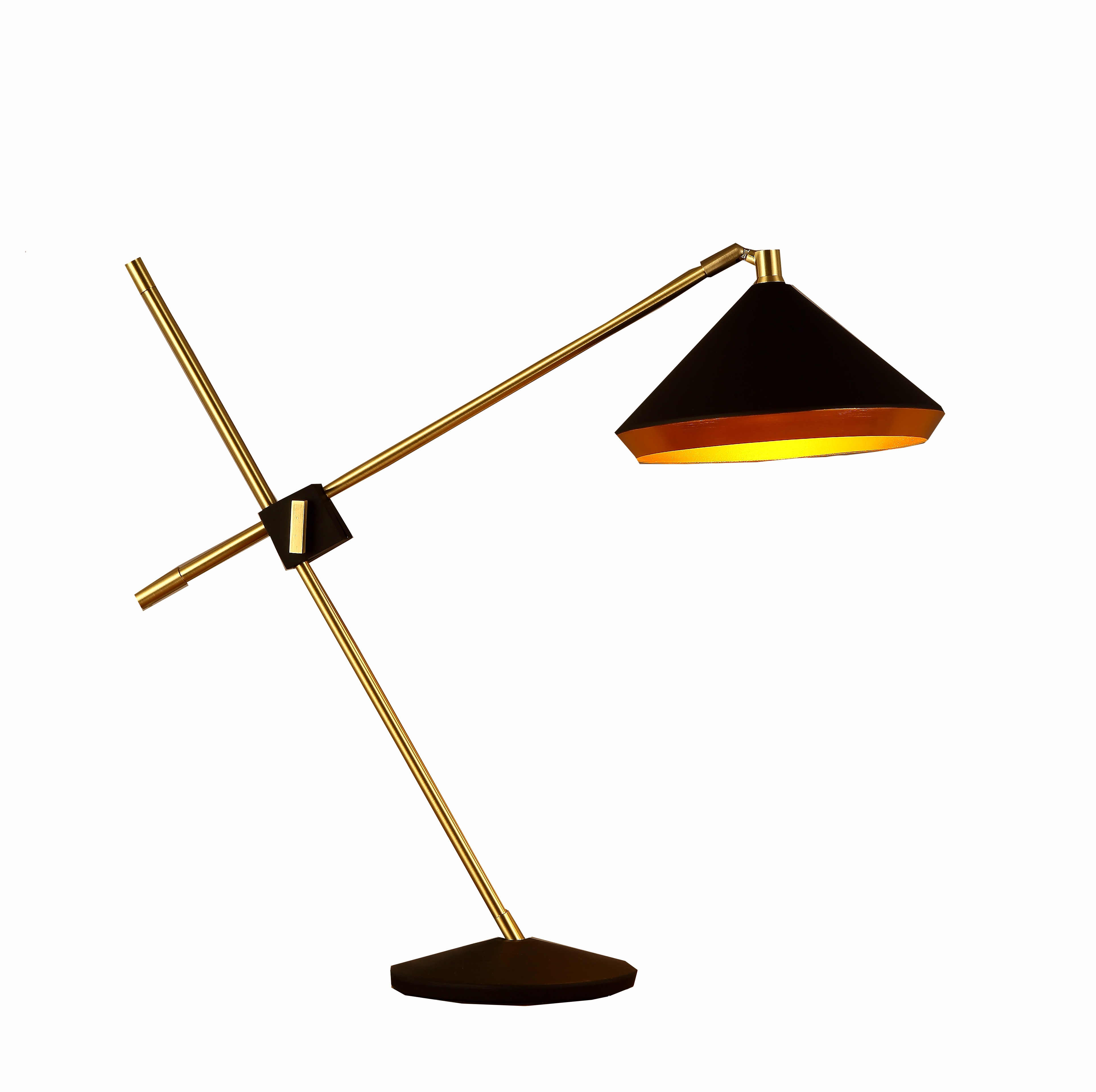 Bromi design leo black and gold table lamp bromi design bromi design leo black and gold table lamp geotapseo Gallery